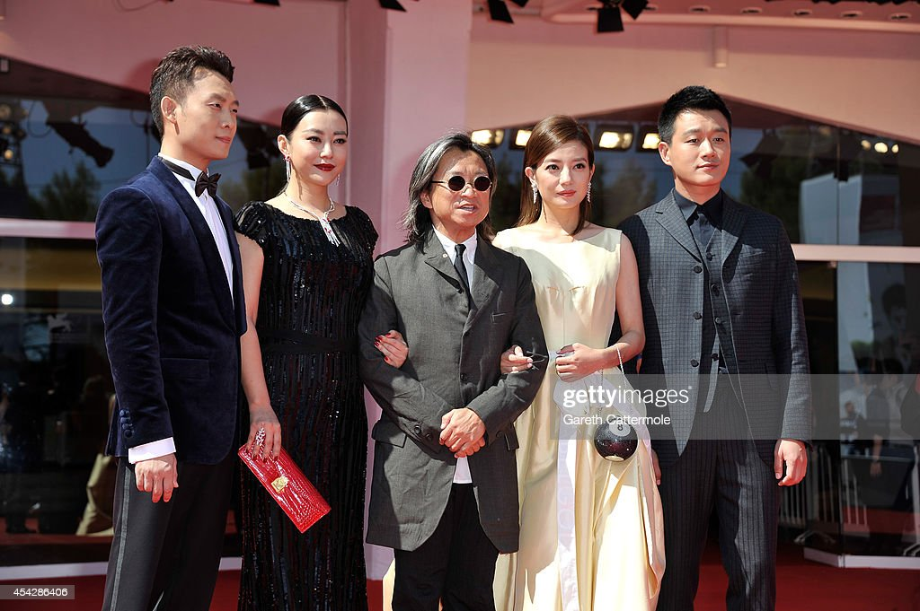 Actors <a gi-track='captionPersonalityLinkClicked' href=/galleries/search?phrase=Zhang+Yi+-+Actor&family=editorial&specificpeople=13530014 ng-click='$event.stopPropagation()'>Zhang Yi</a>, <a gi-track='captionPersonalityLinkClicked' href=/galleries/search?phrase=Hao+Lei&family=editorial&specificpeople=606857 ng-click='$event.stopPropagation()'>Hao Lei</a>, director Peter Ho-sun Chan and actors <a gi-track='captionPersonalityLinkClicked' href=/galleries/search?phrase=Zhao+Wei&family=editorial&specificpeople=540140 ng-click='$event.stopPropagation()'>Zhao Wei</a> and <a gi-track='captionPersonalityLinkClicked' href=/galleries/search?phrase=Tong+Dawei&family=editorial&specificpeople=4384400 ng-click='$event.stopPropagation()'>Tong Dawei</a> attend the 'Dearest' (Quin'ai De) premiere during the 71st Venice Film Festival on August 28, 2014 in Venice, Italy.