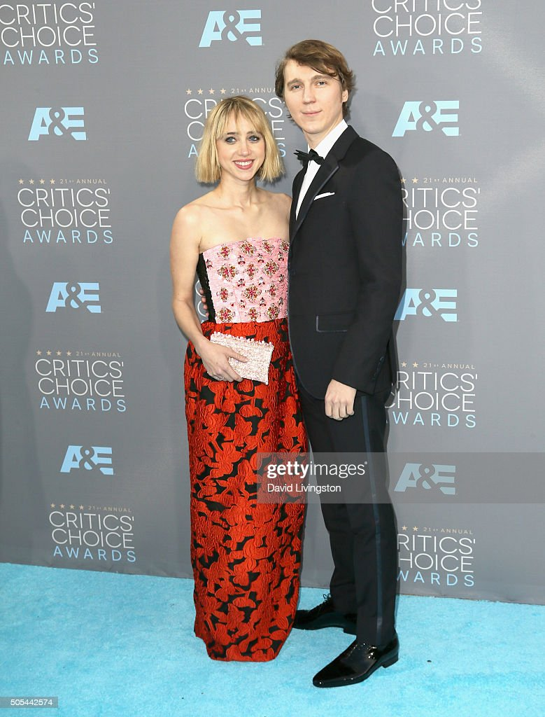 Actors Zoe Kazan and Paul Dano attend The 21st Annual Critics' Choice Awards at Barker Hangar on January 17 2016 in Santa Monica California