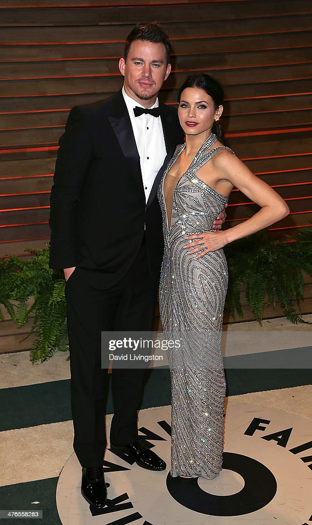 Actors/husband & wife Channing Tatum (L) and Jenna Dewan-Tatum attend the 2014 Vanity Fair Oscar Party hosted by Graydon Carter on March 2, 2014 in West Hollywood, California.