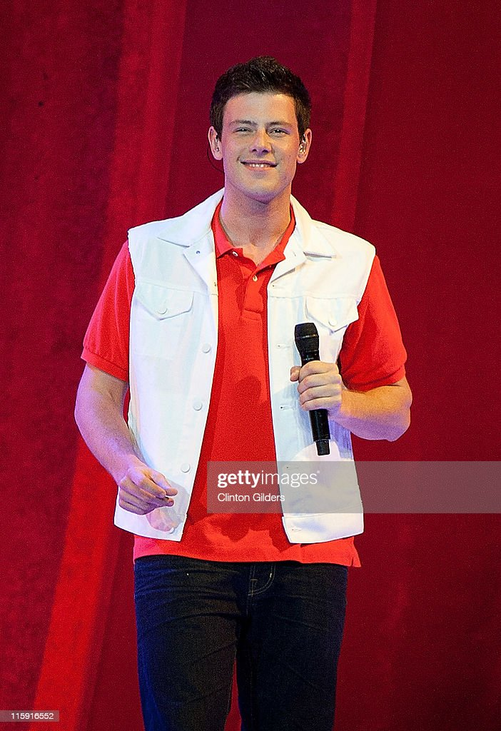 Actor/singer <a gi-track='captionPersonalityLinkClicked' href=/galleries/search?phrase=Cory+Monteith&family=editorial&specificpeople=4491048 ng-click='$event.stopPropagation()'>Cory Monteith</a> performs onstage during the 2011 'GLEE Live' Concert Tour at the Air Canada Centre on June 11, 2011 in Toronto, Canada.