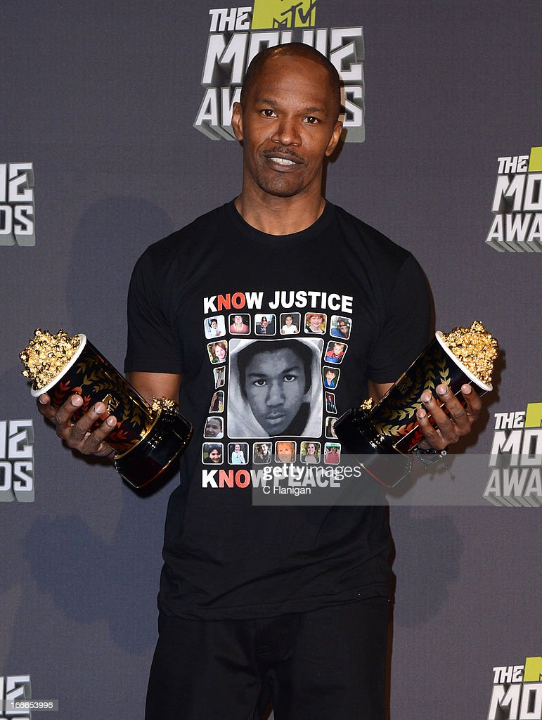 Actor/Singer <a gi-track='captionPersonalityLinkClicked' href=/galleries/search?phrase=Jamie+Foxx&family=editorial&specificpeople=201715 ng-click='$event.stopPropagation()'>Jamie Foxx</a> poses backstage during the 2013 MTV Movie Awards at Sony Pictures Studios on April 14, 2013 in Culver City, California.