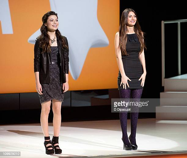 Actors/recording artists Miranda Cosgrove and Victoria Justice attend the 2011 Nickelodeon Upfront Presentation at Jazz at Lincoln Center on March 10...