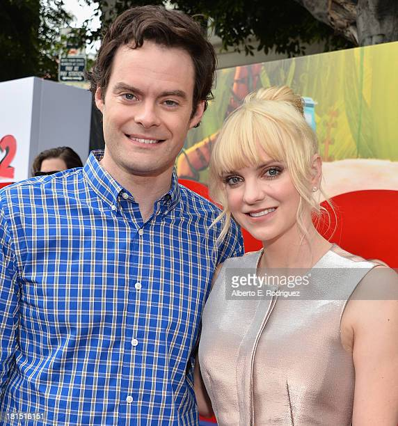 Actos Bill Hader and Anna Faris arrive to the premiere of Columbia Pictures and Sony Pictures Animation's 'Cloudy With A Chance of Meatballs 2' at...