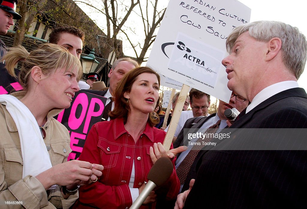 April 28 2003Prominent members of actors' union Sonja Smits middle from The Eleventh Hour and Julie Stewart from Cold Squad talk with Minister John...
