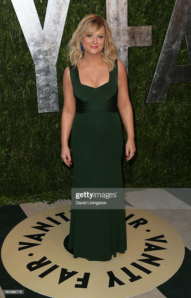 Actrerss Amy Poehler attends the 2013 Vanity Fair Oscar Party at the Sunset Tower Hotel on February 24, 2013 in West Hollywood, California.
