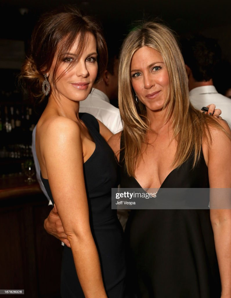 Actreses Kate Beckinsale and Jennifer Aniston attend SELF Magazine and Jennifer Aniston's celebration of Mandy Ingber's new book 'Yogalosophy 28 Days...