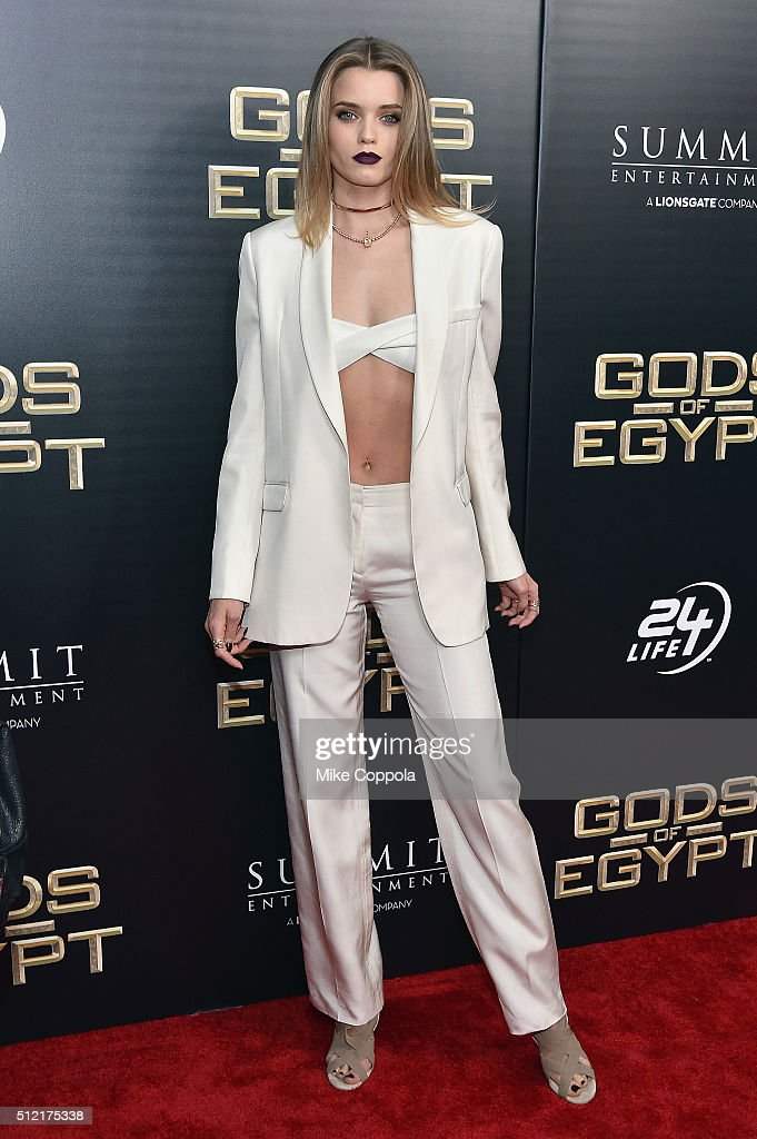 Actress Abbey Lee attends the 'Gods Of Egypt' New York Premiere at AMC Loews Lincoln Square 13 on February 24, 2016 in New York City.