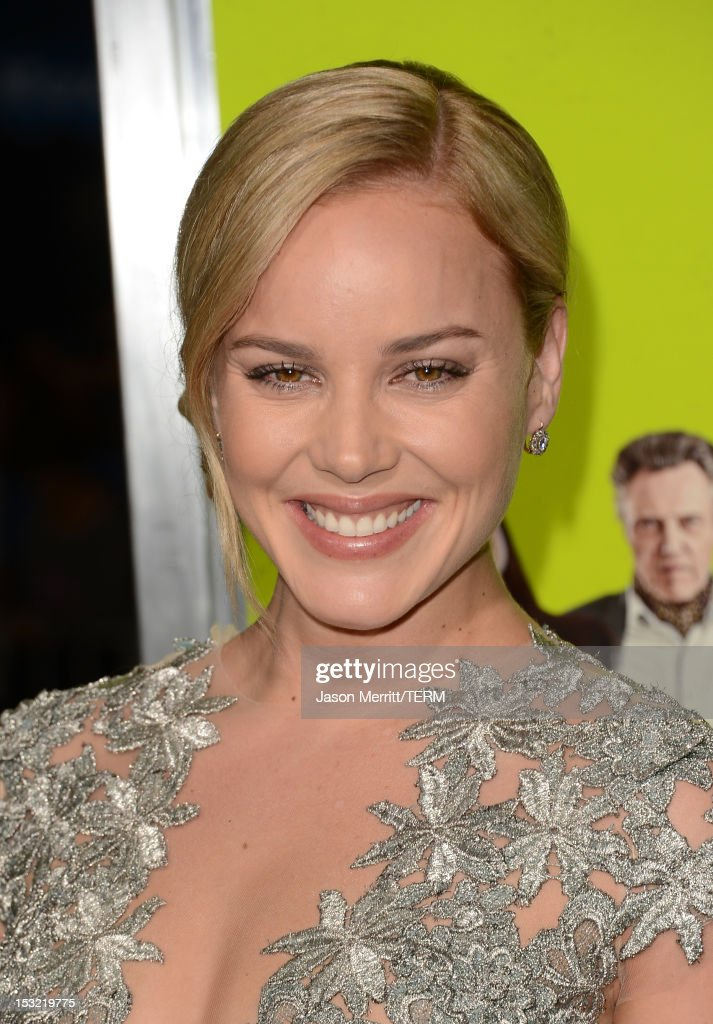Actress Abbie Cornish arrives at the premiere of CBS Films' 'Seven Psychopaths' at Mann Bruin Theatre on October 1, 2012 in Westwood, California.