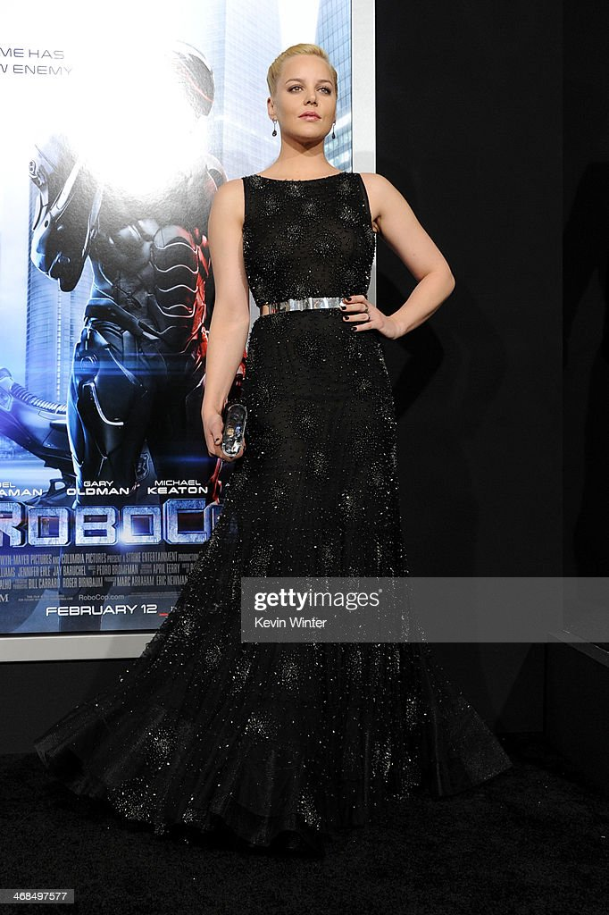 Actress <a gi-track='captionPersonalityLinkClicked' href=/galleries/search?phrase=Abbie+Cornish&family=editorial&specificpeople=213603 ng-click='$event.stopPropagation()'>Abbie Cornish</a> arrives at the premiere of Columbia Pictures' 'Robocop' at TCL Chinese Theatre on February 10, 2014 in Hollywood, California.