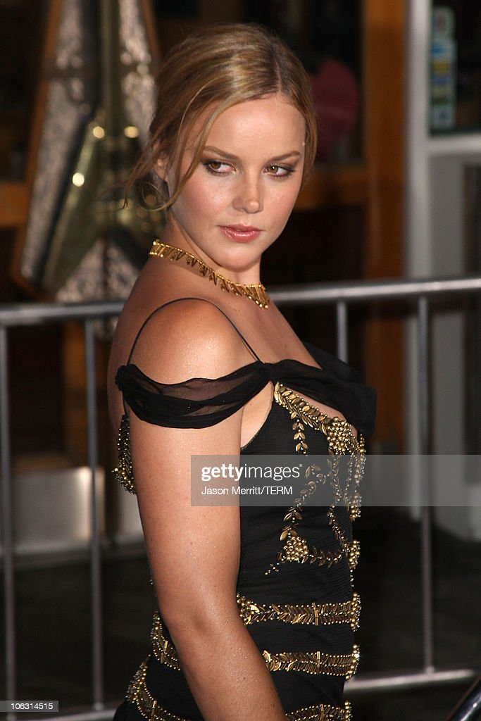 Actress Abbie Cornish arrives to the premiere of 'Elizabeth The Golden Age' at Universal City Walk on October 1 2007 in Universal City California