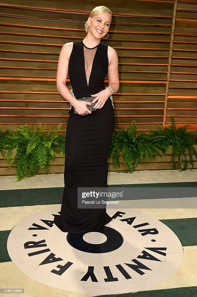 Actress Abbie Cornish attends the 2014 Vanity Fair Oscar Party hosted by Graydon Carter on March 2, 2014 in West Hollywood, California.