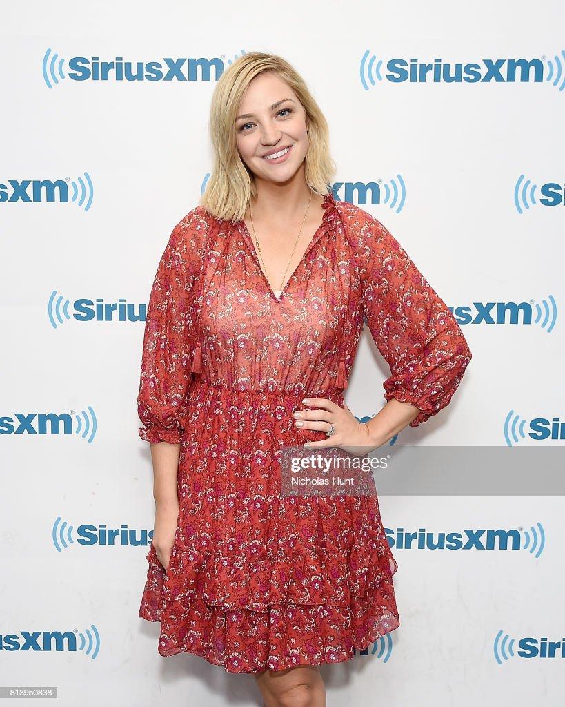 Actress Abby Elliott visits SiriusXM Studios on July 13, 2017 in New York City.