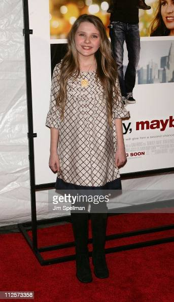 Actress Abigail Breslin arrives at the 'Definitely Maybe' Premiere at the Ziegfeld Theater on February 12 2008 in New York City