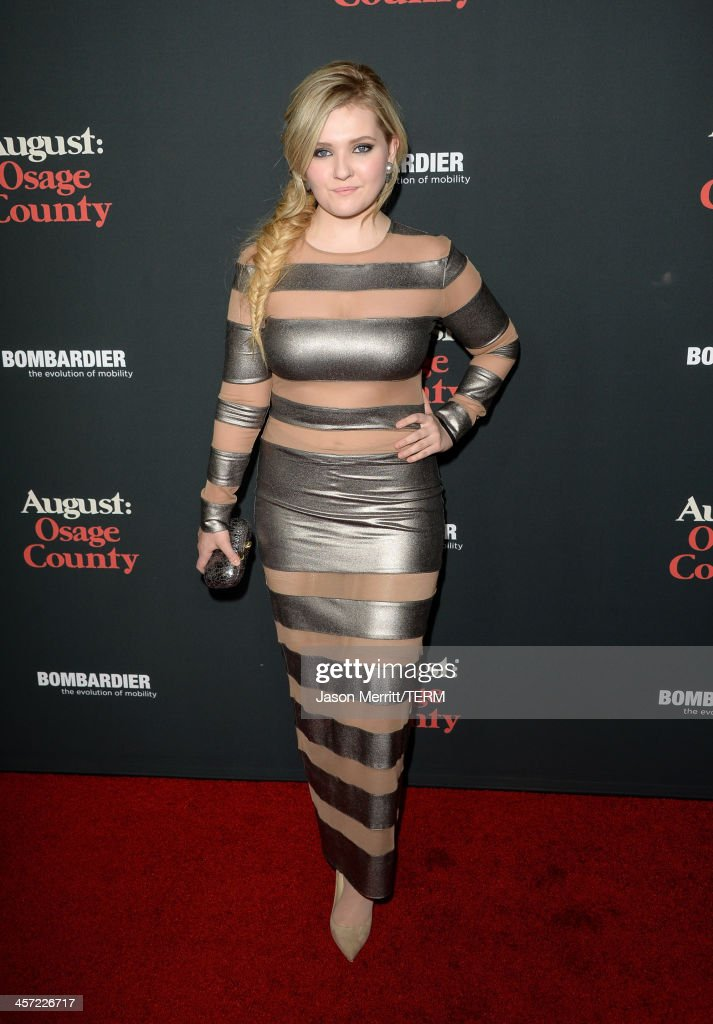 Actress Abigail Breslin arrives at the premiere of The Weinstein Company's 'August: Osage County' at Regal Cinemas L.A. Live on December 16, 2013 in Los Angeles, California.