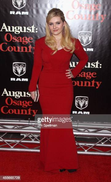 Actress Abigail Breslin attends the 'August Osage County' premiere at Ziegfeld Theater on December 12 2013 in New York City
