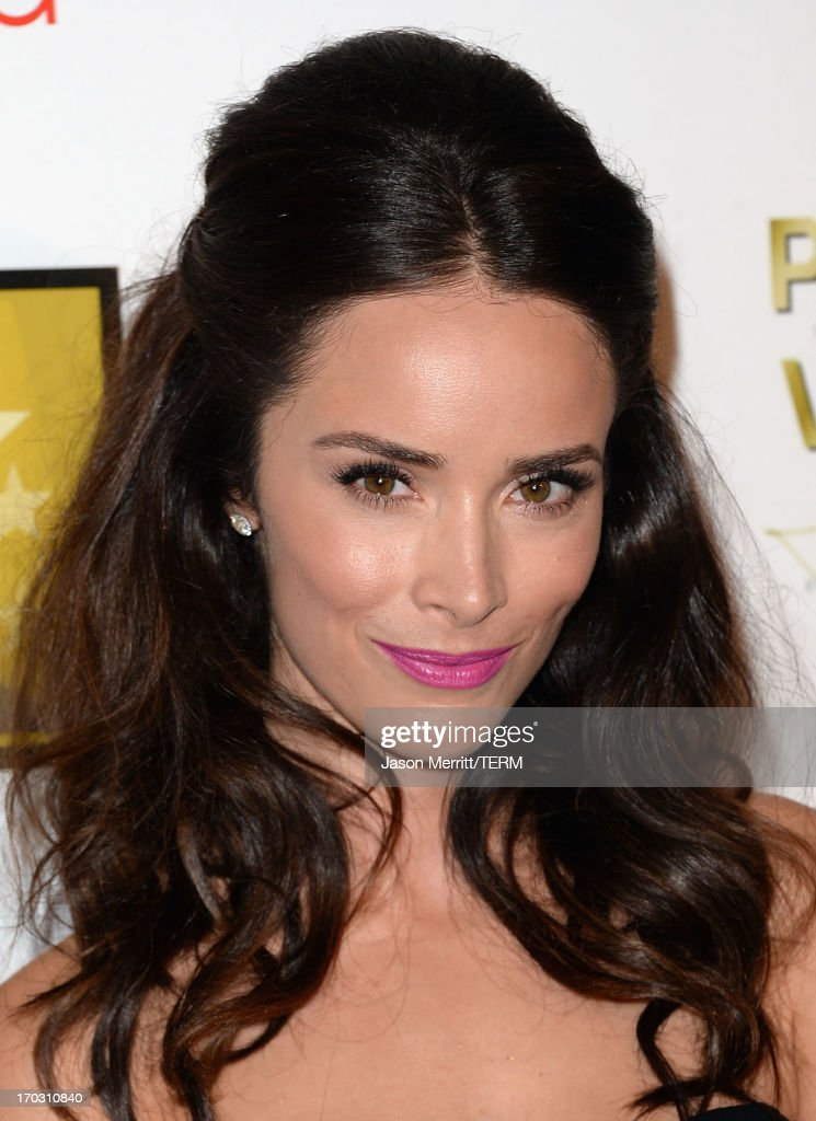 Actress <a gi-track='captionPersonalityLinkClicked' href=/galleries/search?phrase=Abigail+Spencer&family=editorial&specificpeople=748117 ng-click='$event.stopPropagation()'>Abigail Spencer</a> arrives at Broadcast Television Journalists Association's third annual Critics' Choice Television Awards at The Beverly Hilton Hotel on June 10, 2013 in Beverly Hills, California.