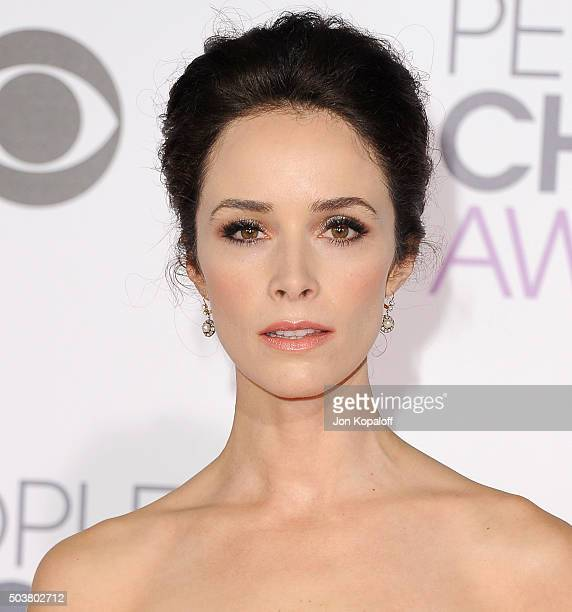 Actress Abigail Spencer arrives at People's Choice Awards 2016 at Microsoft Theater on January 6 2016 in Los Angeles California