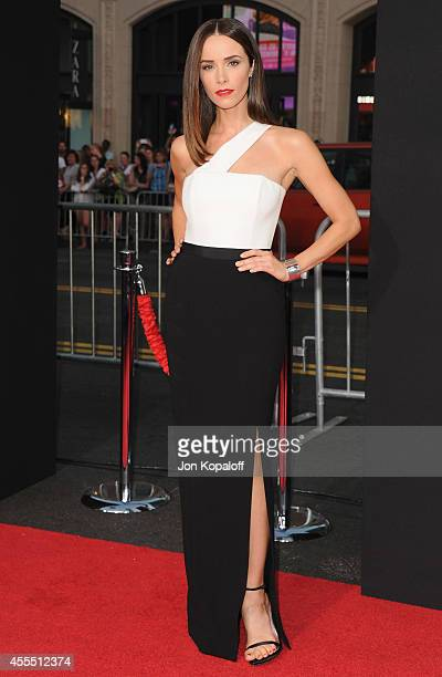 Actress Abigail Spencer arrives at the Los Angeles Premiere 'This Is Where I Leave You' at TCL Chinese Theatre on September 15 2014 in Hollywood...