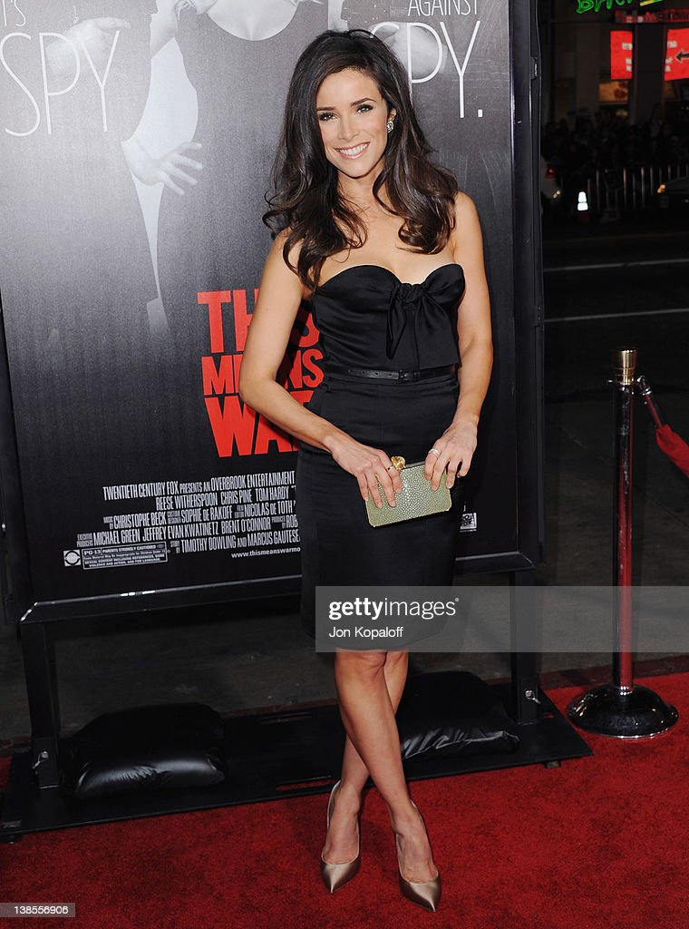 Actress Abigail Spencer arrives at the Los Angeles Premiere 'This Means War' at Grauman's Chinese Theatre on February 8, 2012 in Hollywood, California.