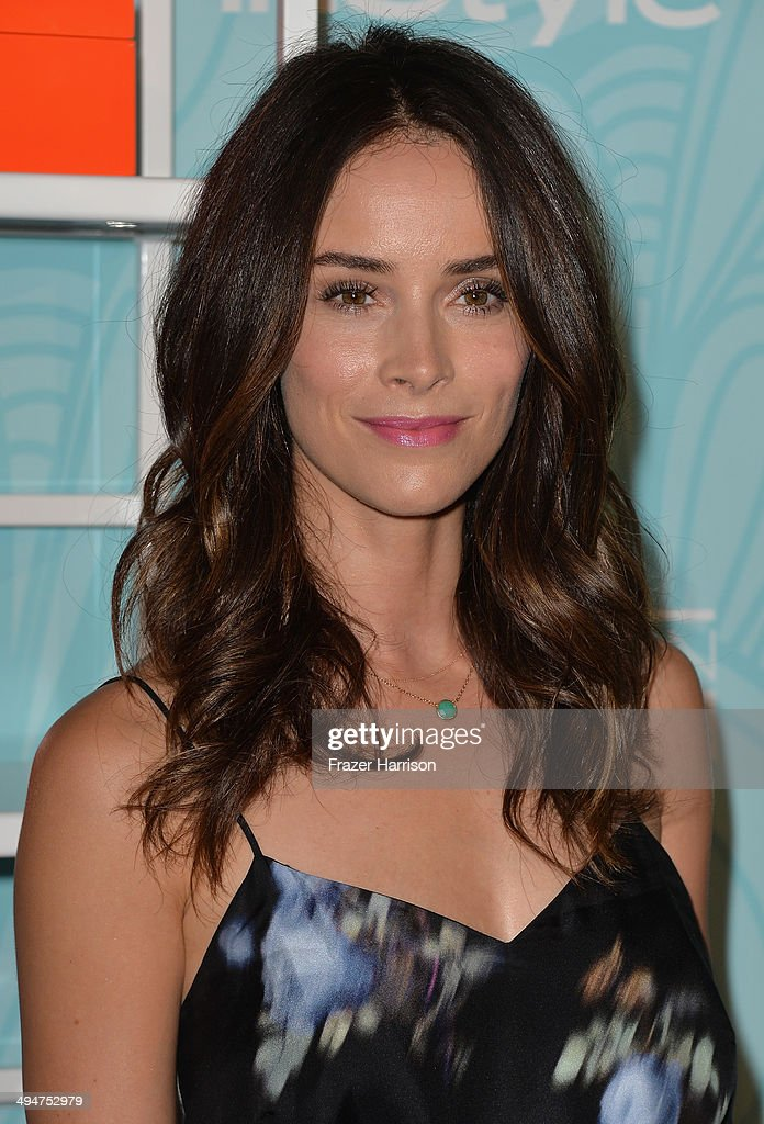 Actress <a gi-track='captionPersonalityLinkClicked' href=/galleries/search?phrase=Abigail+Spencer&family=editorial&specificpeople=748117 ng-click='$event.stopPropagation()'>Abigail Spencer</a> arrives at the Step Up 11th Annual Inspiration Awards at The Beverly Hilton Hotel on May 30, 2014 in Beverly Hills, California.