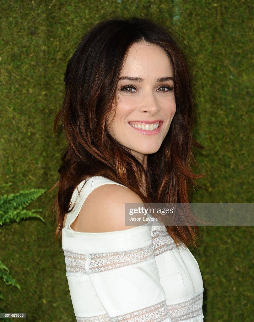 Actress Abigail Spencer attends the 8th annual Veuve Clicquot Polo Classic at Will Rogers State Historic Park on October 14, 2017 in Pacific Palisades, California.