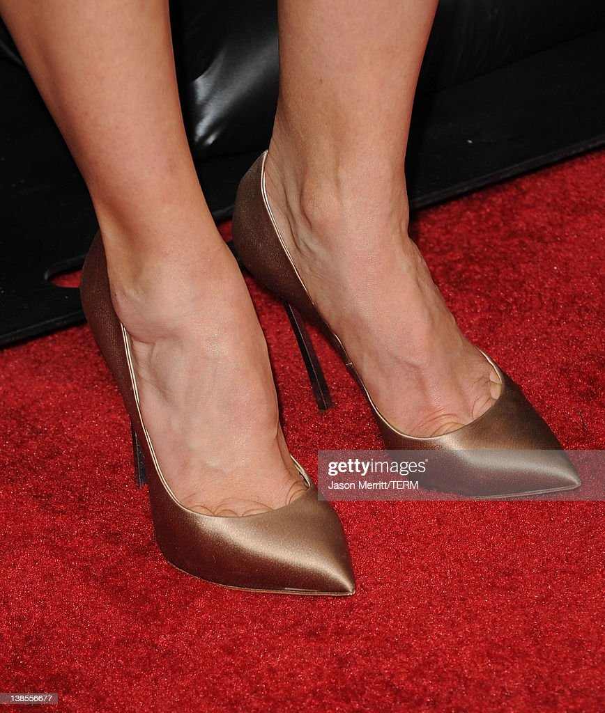 Actress Abigail Spencer attends the 'This Means War' Los Angeles premiere held at Grauman's Chinese Theatre on February 8, 2012 in Hollywood, California.