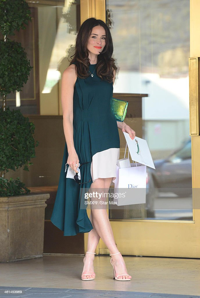 Actress Abigail Spencer is seen on January 8, 2014 in Los Angeles, California.