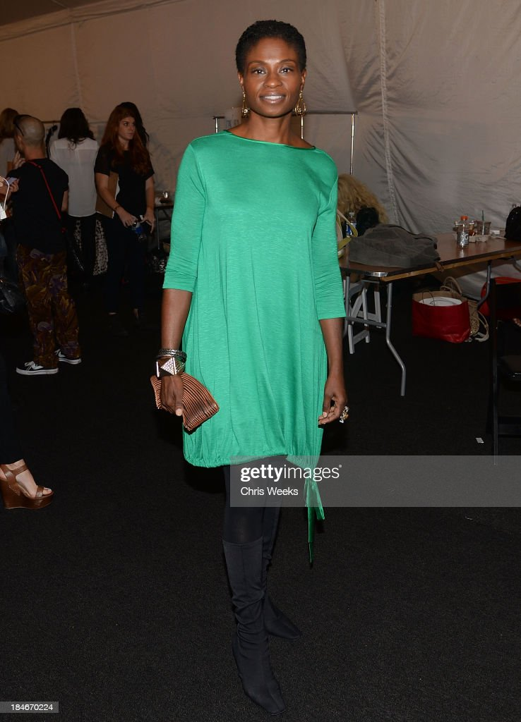 Actress <a gi-track='captionPersonalityLinkClicked' href=/galleries/search?phrase=Adina+Porter&family=editorial&specificpeople=2244592 ng-click='$event.stopPropagation()'>Adina Porter</a> attends the Octavio Carlin Spring 2014 collection show at Style Fashion Week on October 14, 2013 in Los Angeles, California.