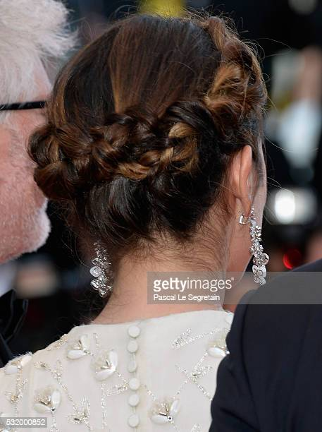 Actress Adriana Ugarte hair detail attends the 'Julieta' premiere during the 69th annual Cannes Film Festival at the Palais des Festivals on May 17...