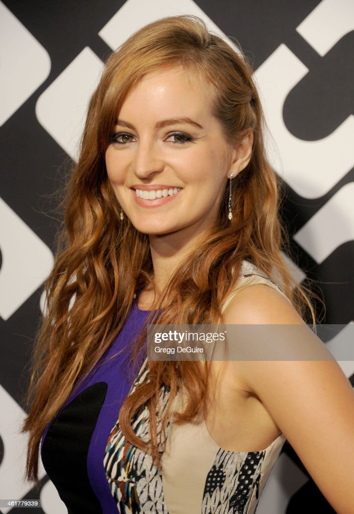 Actress <a gi-track='captionPersonalityLinkClicked' href=/galleries/search?phrase=Ahna+O%27Reilly&family=editorial&specificpeople=696424 ng-click='$event.stopPropagation()'>Ahna O'Reilly</a> arrives at Diane Von Furstenberg's 'Journey Of A Dress' premiere opening party at Wilshire May Company Building on January 10, 2014 in Los Angeles, California.