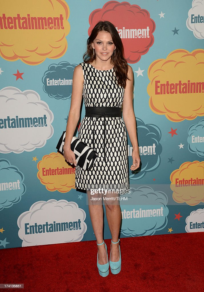 Actress <a gi-track='captionPersonalityLinkClicked' href=/galleries/search?phrase=Aimee+Teegarden&family=editorial&specificpeople=741331 ng-click='$event.stopPropagation()'>Aimee Teegarden</a> attends Entertainment Weekly's Annual Comic-Con Celebration at Float at Hard Rock Hotel San Diego on July 20, 2013 in San Diego, California.