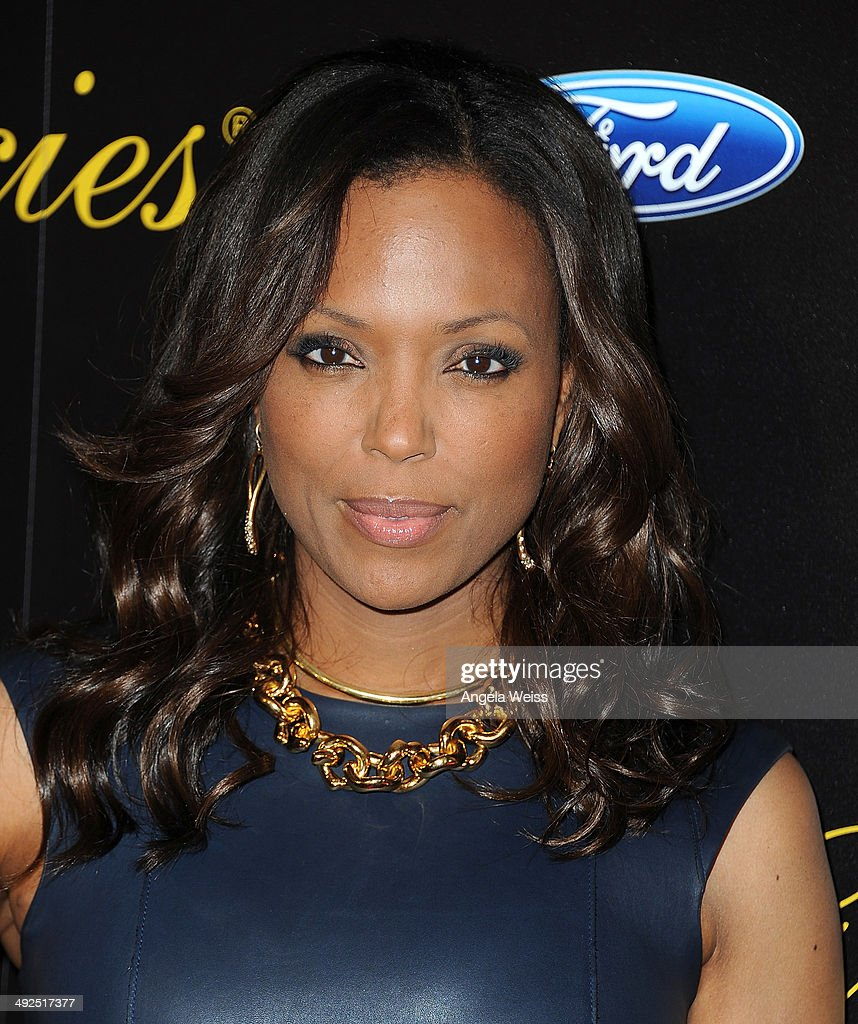 Actress <a gi-track='captionPersonalityLinkClicked' href=/galleries/search?phrase=Aisha+Tyler&family=editorial&specificpeople=202262 ng-click='$event.stopPropagation()'>Aisha Tyler</a> arrives at the 39th Annual Gracie Awards at The Beverly Hilton Hotel on May 20, 2014 in Beverly Hills, California.