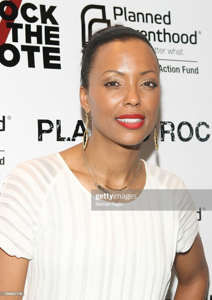 Actress Aisha Tyler attends Planned Parenthood & Rock The Vote 2013 Inauguration Party on January 20, 2013 in Washington, DC.