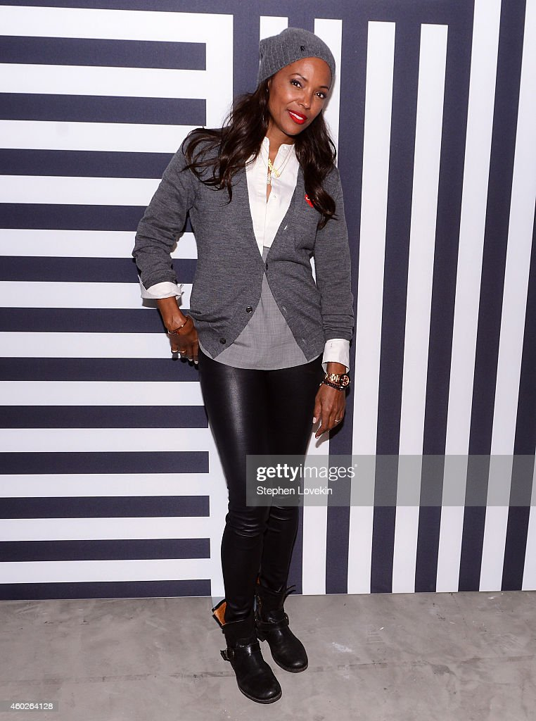 Actress Aisha Tyler attends WIRED Store 10th Anniversary Party in New York City, Presented by BMW i. and Oakley in New York City on December 10, 2014 in New York City.