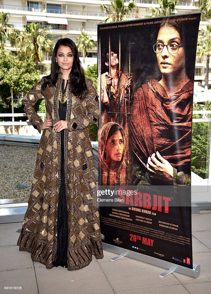 Actress <a gi-track='captionPersonalityLinkClicked' href=/galleries/search?phrase=Aishwarya+Rai&family=editorial&specificpeople=202237 ng-click='$event.stopPropagation()'>Aishwarya Rai</a> attends 'Sarbjit' Photocall during The 69th Annual Cannes Film Festival at the Palais des Festivals on May 15, 2016 in Cannes, France.