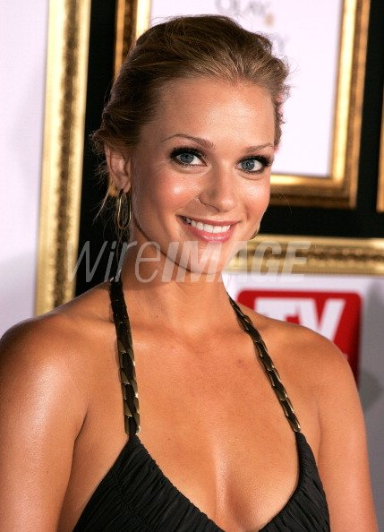 Actress Aj Cook Arrives At The The 59th Primetime Emmy