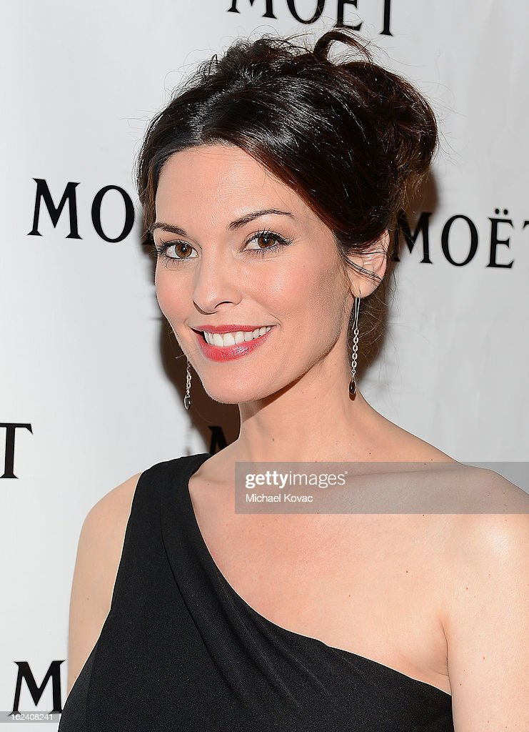 Actress <a gi-track='captionPersonalityLinkClicked' href=/galleries/search?phrase=Alana+De+La+Garza&family=editorial&specificpeople=171149 ng-click='$event.stopPropagation()'>Alana De La Garza</a> attends The National Hispanic Media Coalition Impact Awards sponsored by Moet & Chandon at the Beverly Wilshire Four Seasons Hotel on February 22, 2013 in Beverly Hills, California.