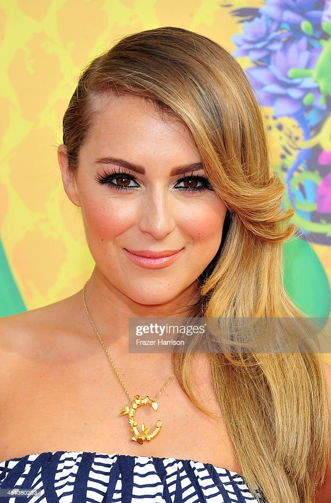 Actress Alexa PenaVega attends Nickelodeon's 27th Annual Kids' Choice Awards held at USC Galen Center on March 29, 2014 in Los Angeles, California.