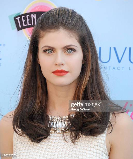 Actress Alexandra Daddario arrives at the 2013 Teen Choice Awards at Gibson Amphitheatre on August 11 2013 in Universal City California