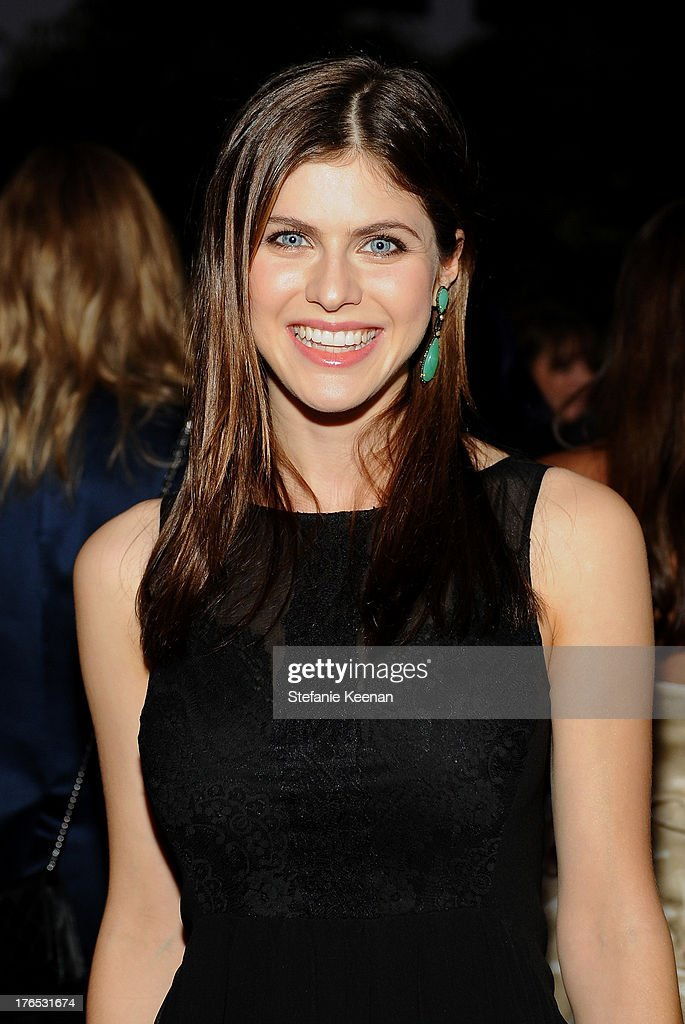 Actress <a gi-track='captionPersonalityLinkClicked' href=/galleries/search?phrase=Alexandra+Daddario&family=editorial&specificpeople=5679721 ng-click='$event.stopPropagation()'>Alexandra Daddario</a> attends the InStyle Summer Soiree held Poolside at the Mondrian hotel on August 14, 2013 in West Hollywood, California.