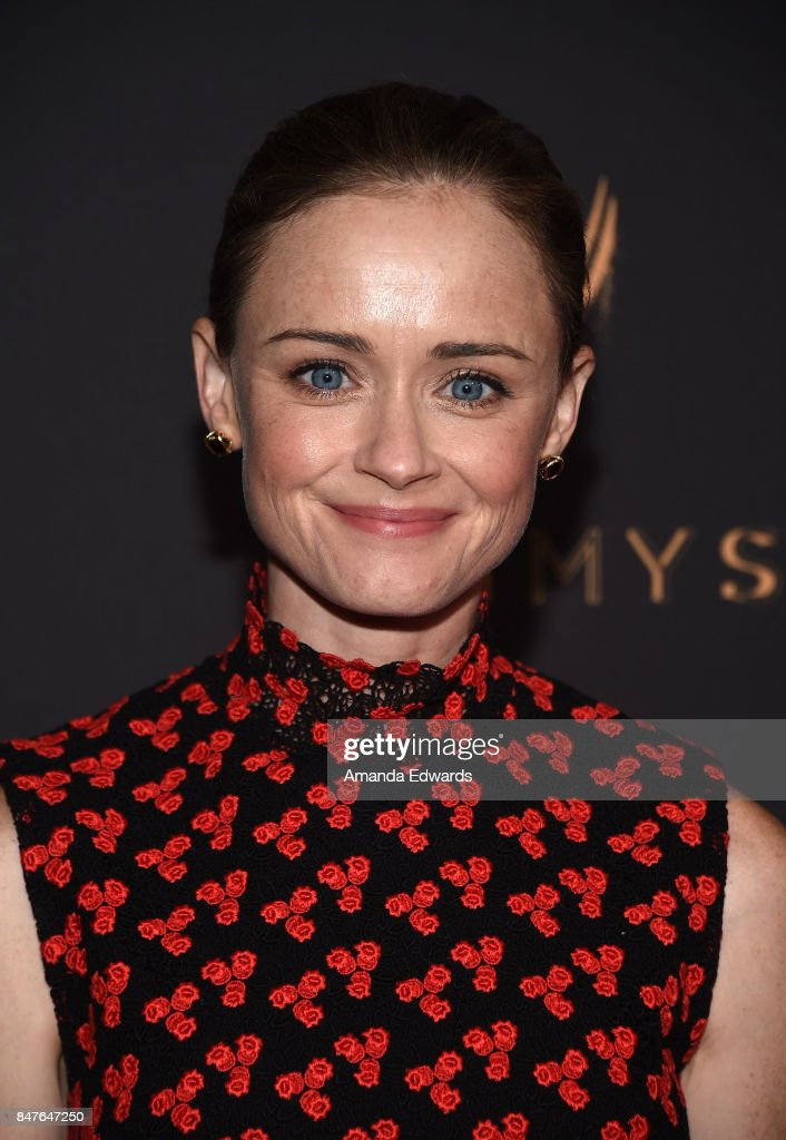 Actress Alexis Bledel arrives at the Television Academy's Performers Nominee Reception at the Wallis Annenberg Center for the Performing Arts on September 15, 2017 in Beverly Hills, California.