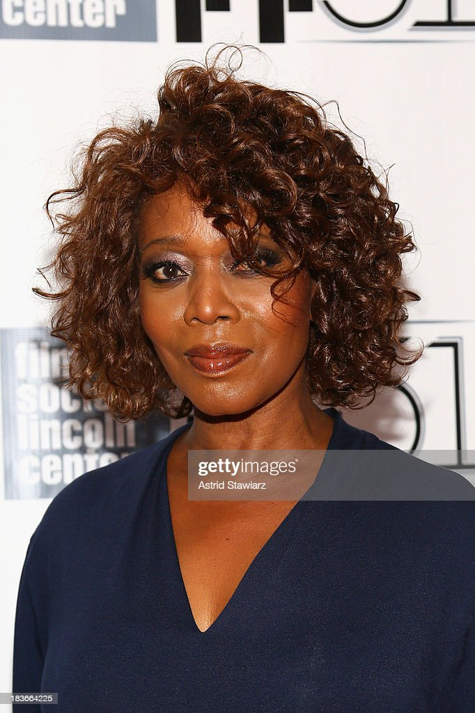 Actress <a gi-track='captionPersonalityLinkClicked' href=/galleries/search?phrase=Alfre+Woodard&family=editorial&specificpeople=220969 ng-click='$event.stopPropagation()'>Alfre Woodard</a> attends the '12 Years A Slave' premiere during the 51st New York Film Festival at Alice Tully Hall at Lincoln Center on October 8, 2013 in New York City.