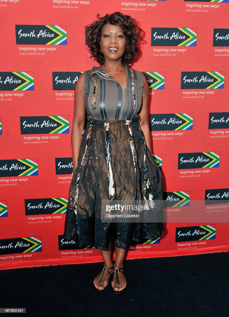 Actress <a gi-track='captionPersonalityLinkClicked' href=/galleries/search?phrase=Alfre+Woodard&family=editorial&specificpeople=220969 ng-click='$event.stopPropagation()'>Alfre Woodard</a> attends the 2014 Ubuntu Awards at Gotham Hall on April 1, 2014 in New York City.