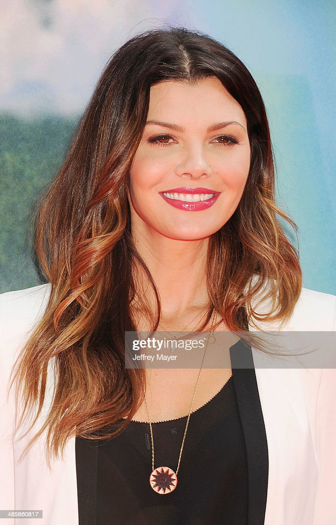 Actress <a gi-track='captionPersonalityLinkClicked' href=/galleries/search?phrase=Ali+Landry&family=editorial&specificpeople=543155 ng-click='$event.stopPropagation()'>Ali Landry</a> attends the premiere of DisneyToon Studios' 'The Pirate Fairy' at Walt Disney Studios on March 22, 2014 in Burbank, California.
