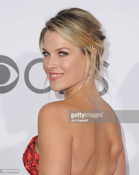 Actress Ali Larter arrives at the People's Choice Awards 2017 at Microsoft Theater on January 18 2017 in Los Angeles California