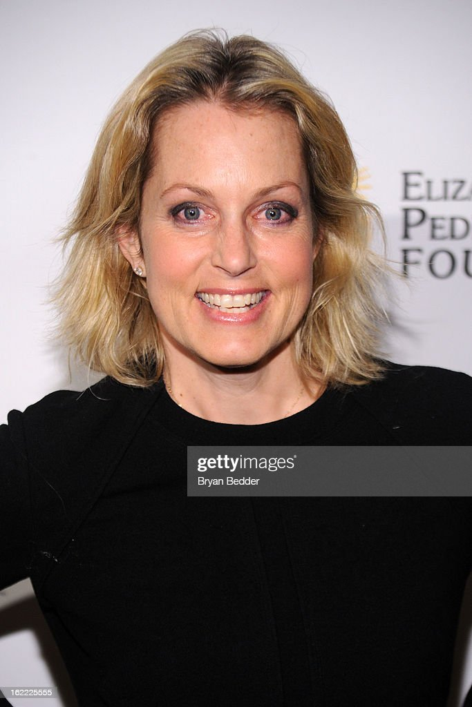 Actress Ali Wentworth attends the Elizabeth Glaser Global Champions of a Mothers Fight Awards Dinner at Mandarin Oriental Hotel on February 20, 2013 in New York City.