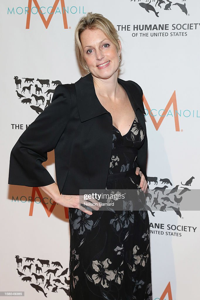Actress Ali Wentworth attends The Humane Society of the United States' To the Rescue! New York Gala at Cipriani 42nd Street on December 18, 2012 in New York City.