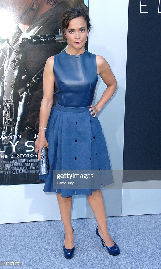 Actress Alice Braga arrives at the Los Angeles Premiere of 'Elysium' on August 7, 2013 at Regency Village Theatre in Westwood, California.