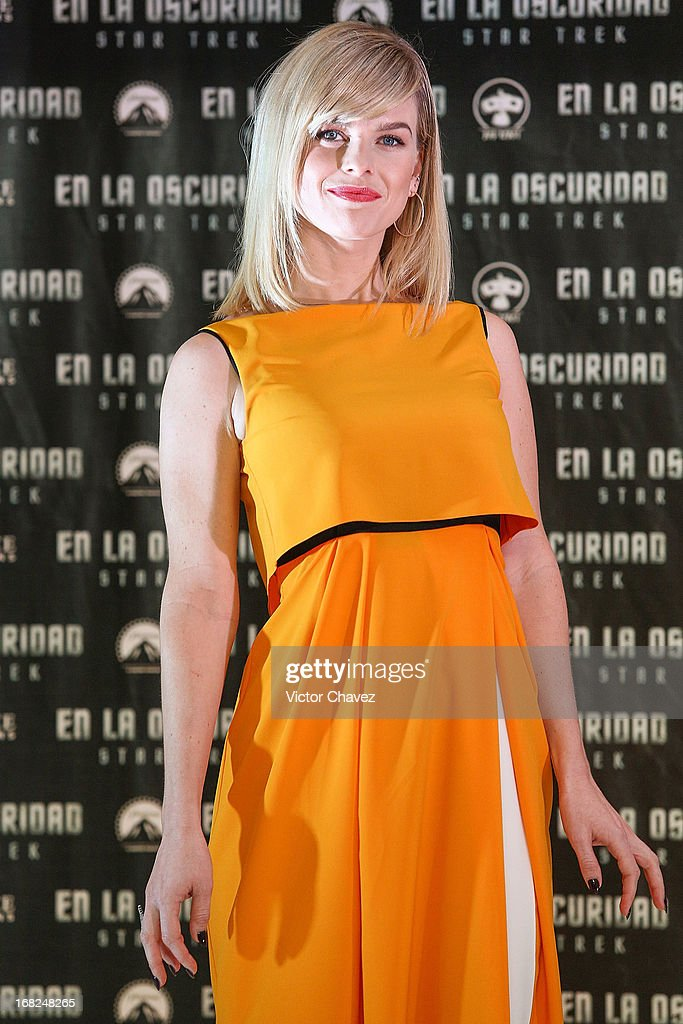 Actress Alice Eve attends a photocall to promote the new film 'Star Trek Into Darkness' at Four Seasons Hotel on May 7, 2013 in Mexico City, Mexico.