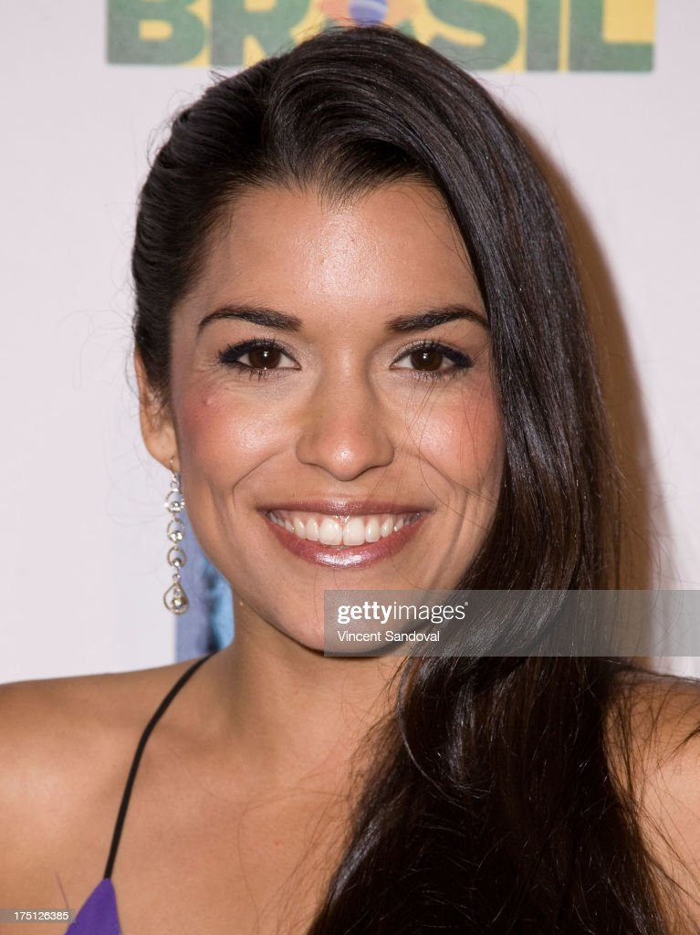 Actress Alicia Sixtos attends the 5th annual Hollywood Brazilian Film Festival at the Egyptian Theatre on July 31, 2013 in Hollywood, California.